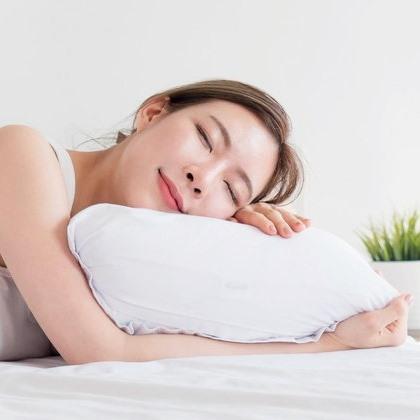 นอนฟื้นสภาพผิวขาว